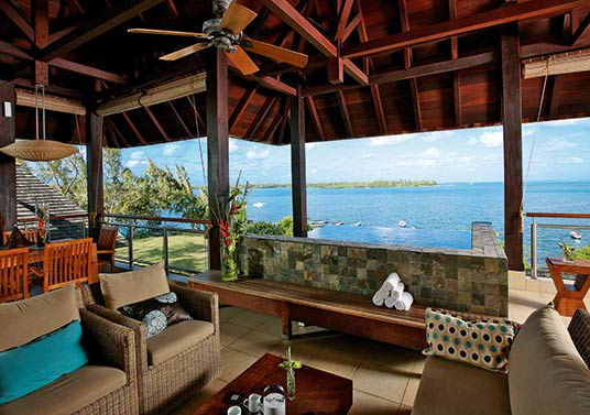 ANAHIT-HIRS-Room-Suite-Veranda_Sea_View