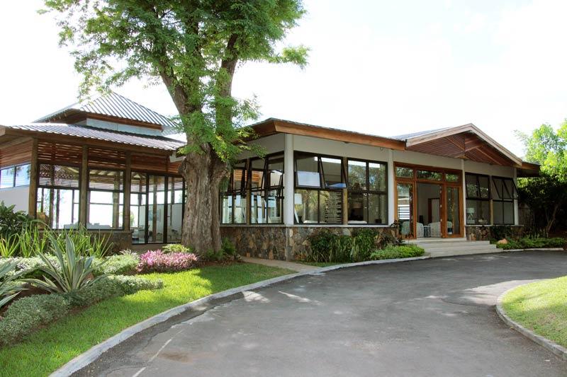 Gallery - Anelia-Hotel-entrance-3