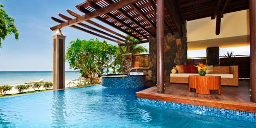 angsan-zoom-villa_beachpool-deck