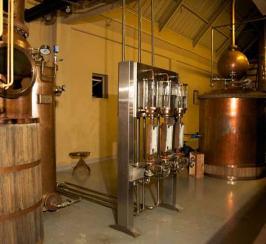 5.-La-Rhumerie-manufacturing1-536x377