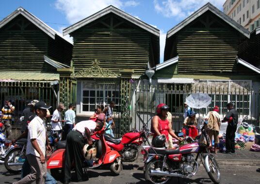 Port Louis-Market-15